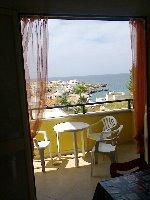 Appartamenti a Santa Maria al Bagno. Appartamento trilocale a 100mt dal mare